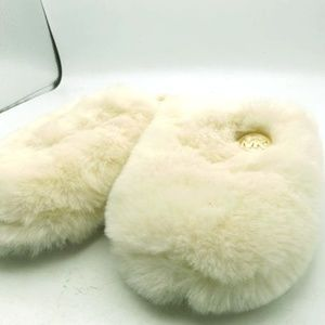 💕👣👣Michae Kors Jet Set Cream White Slippers